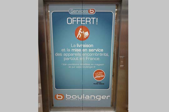 Boulanger-signaletique-adhesif