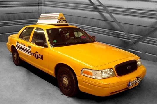 Voiture Taxi New-York - décoration - Agraph Publicité - agence publicitaire - Melesse (35)