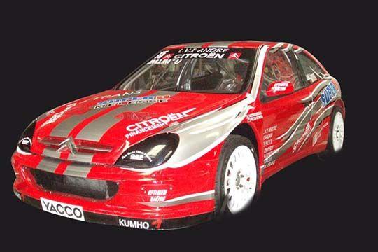 Formule 1 - décor véhicule - Agraph Publicité - agence publicitaire - Melesse (35)