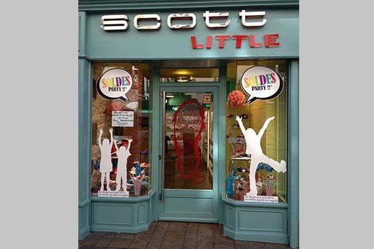 Scott Little - adhésif soldes - Agraph Publicité - agence publicitaire - Melesse (35)