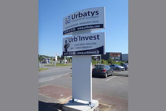 Urb'Invest totem informatif - Agraph Publicité - agence publicitaire - Melesse (35)